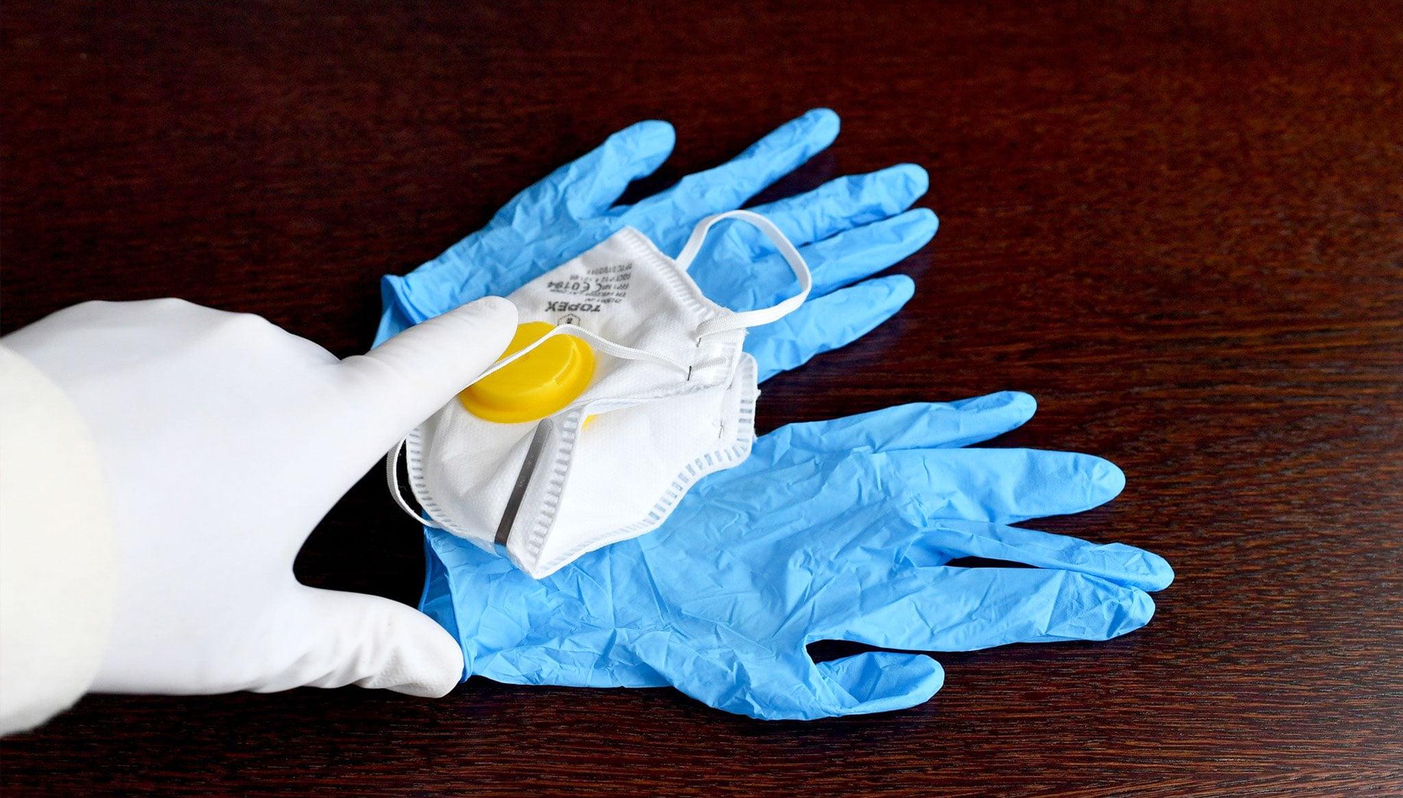 Materiale sanitario protettivo contro il coronavirus