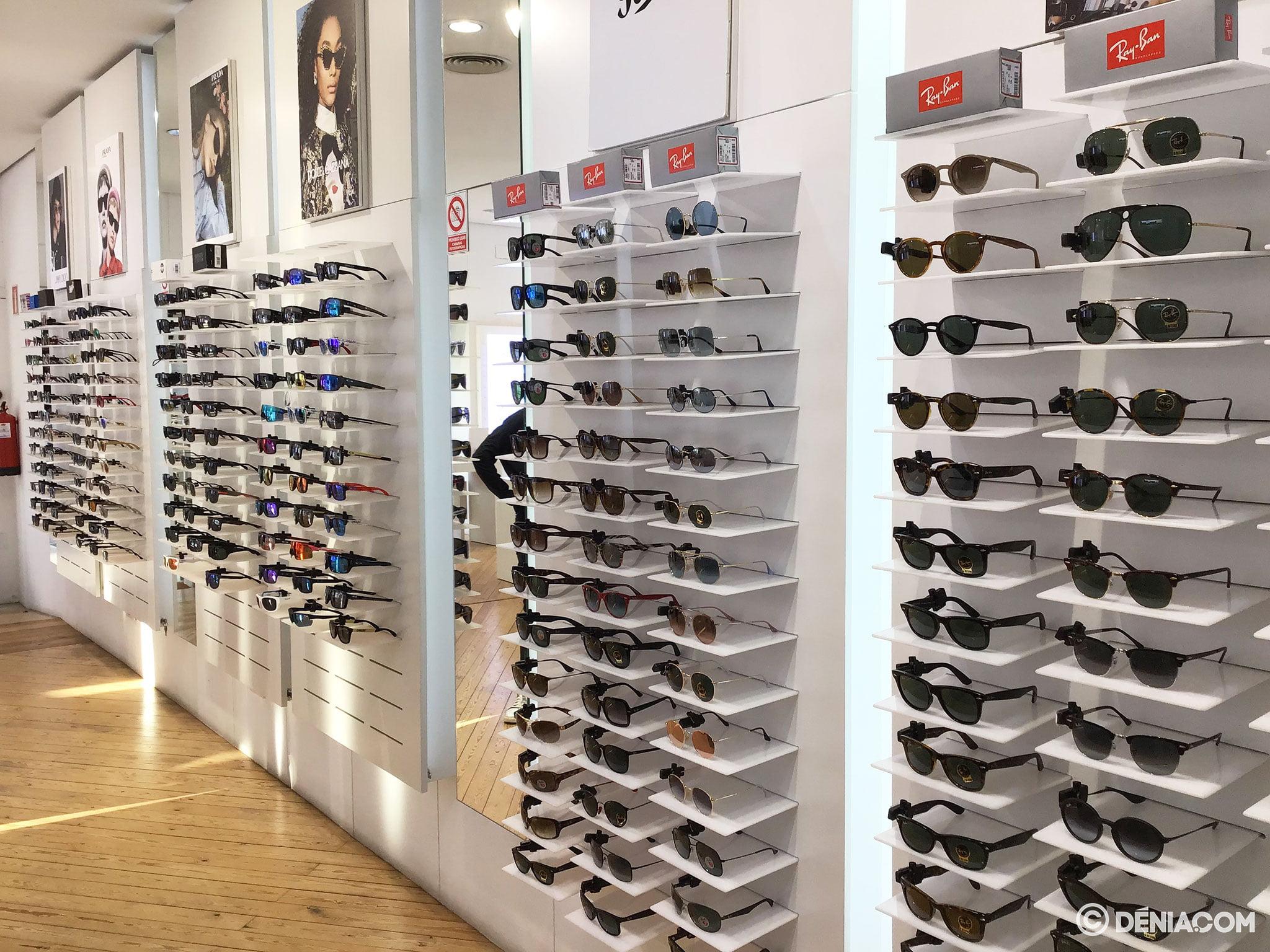 Sunglasses of all prices in Dénia - Óptica Benjamín