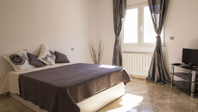 Double room in a holiday villa in Dénia - Deniasol