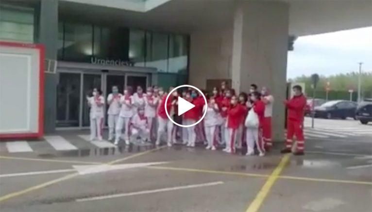 Omaggio alla squadra di pulizia dell'ospedale Dénia