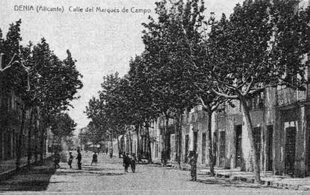 Image: Image of Campos street, belonging to the book by Javier Calvo Puig 'Dianenses of the XIX century'.