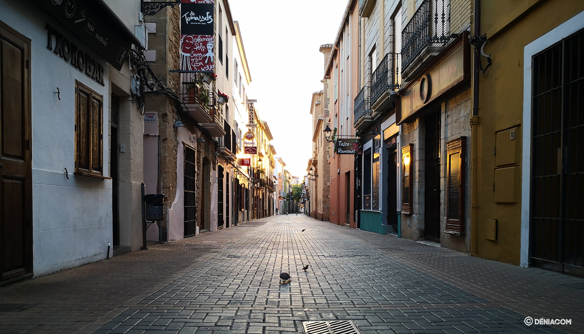 The streets of Dénia deserted