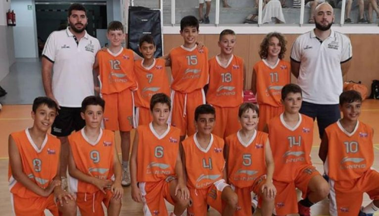Massimo with the Valencian Alevín National Team in a Tarragona tournament