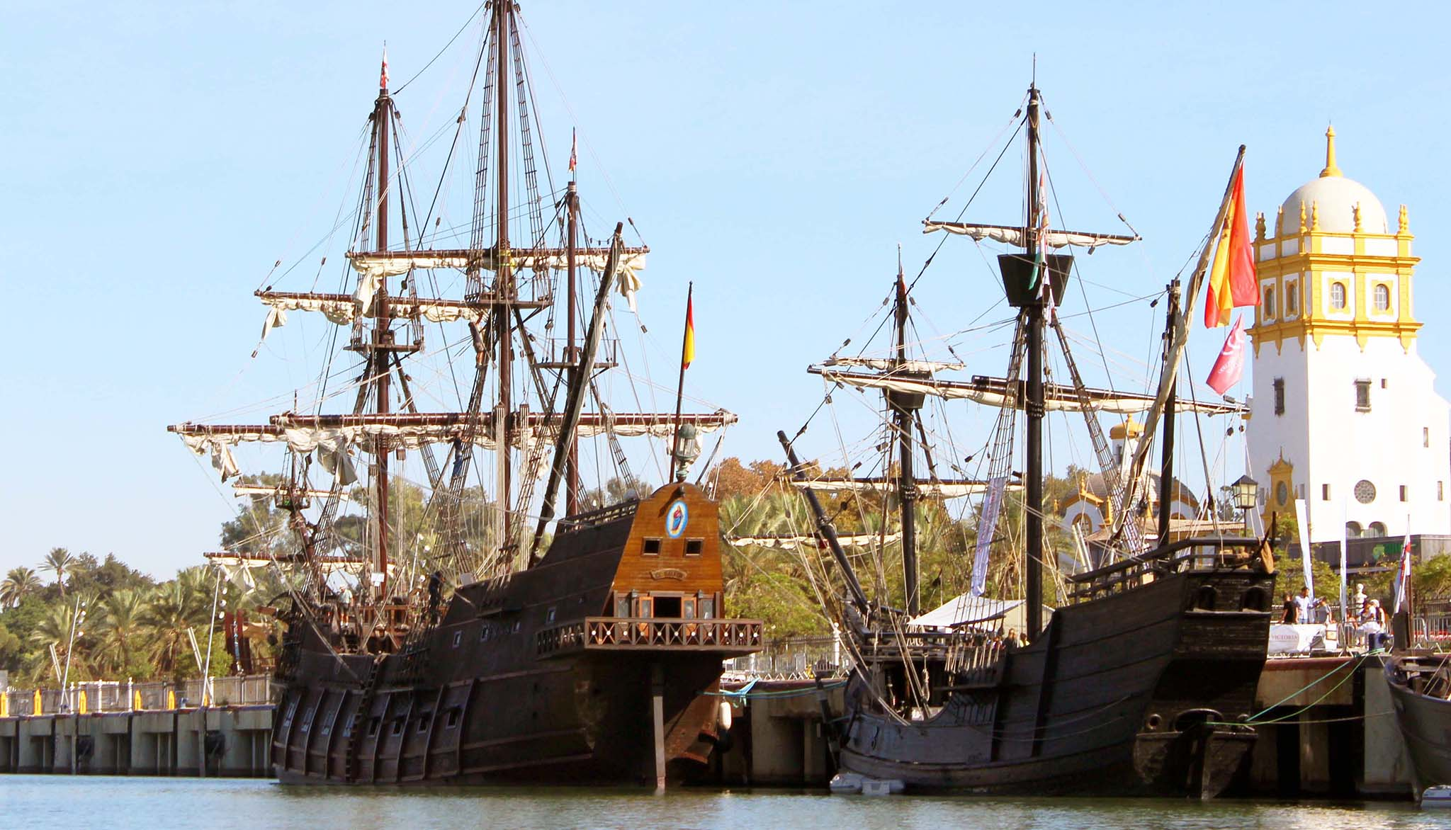 Nao Victoria and Galleon Andalusia