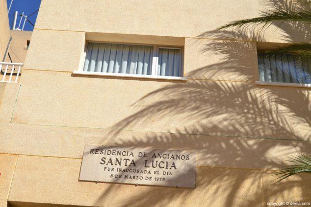 Imagen: Exterior de la Residencia de ancianos Santa Llúcia de Dénia