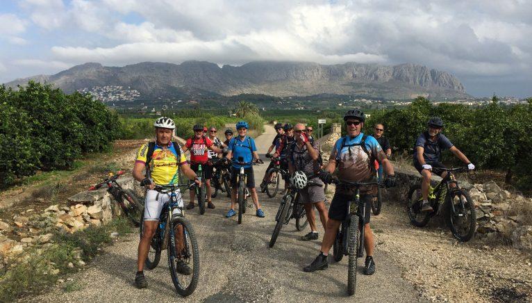 Routes from Saturday to Saturday by mountain bike through Dénia - Aventura Pata Negra
