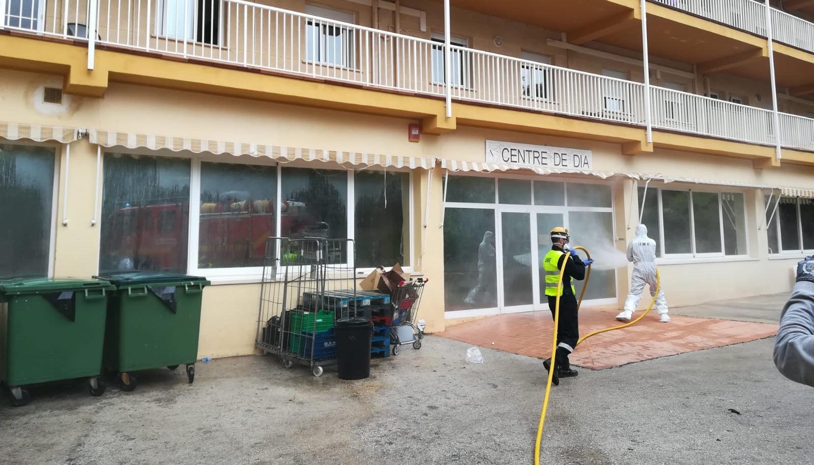 Treballs de desinfecció a la residència