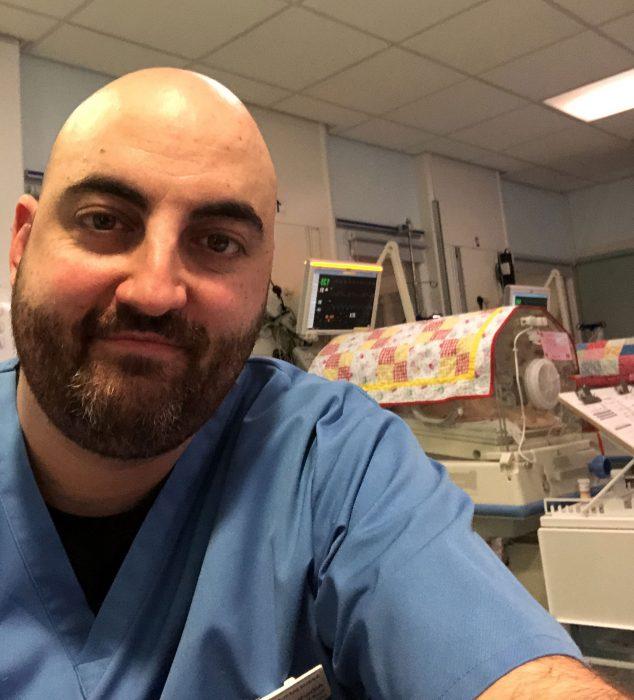 Imagen: Alberto Lozano, enfermero de Dénia