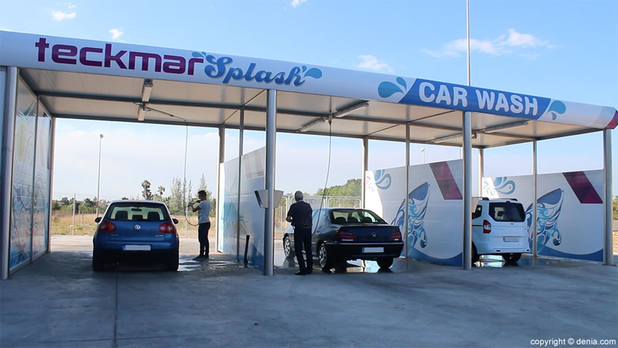 Pressure washing in Dénia, at Teckmar Gas Stations
