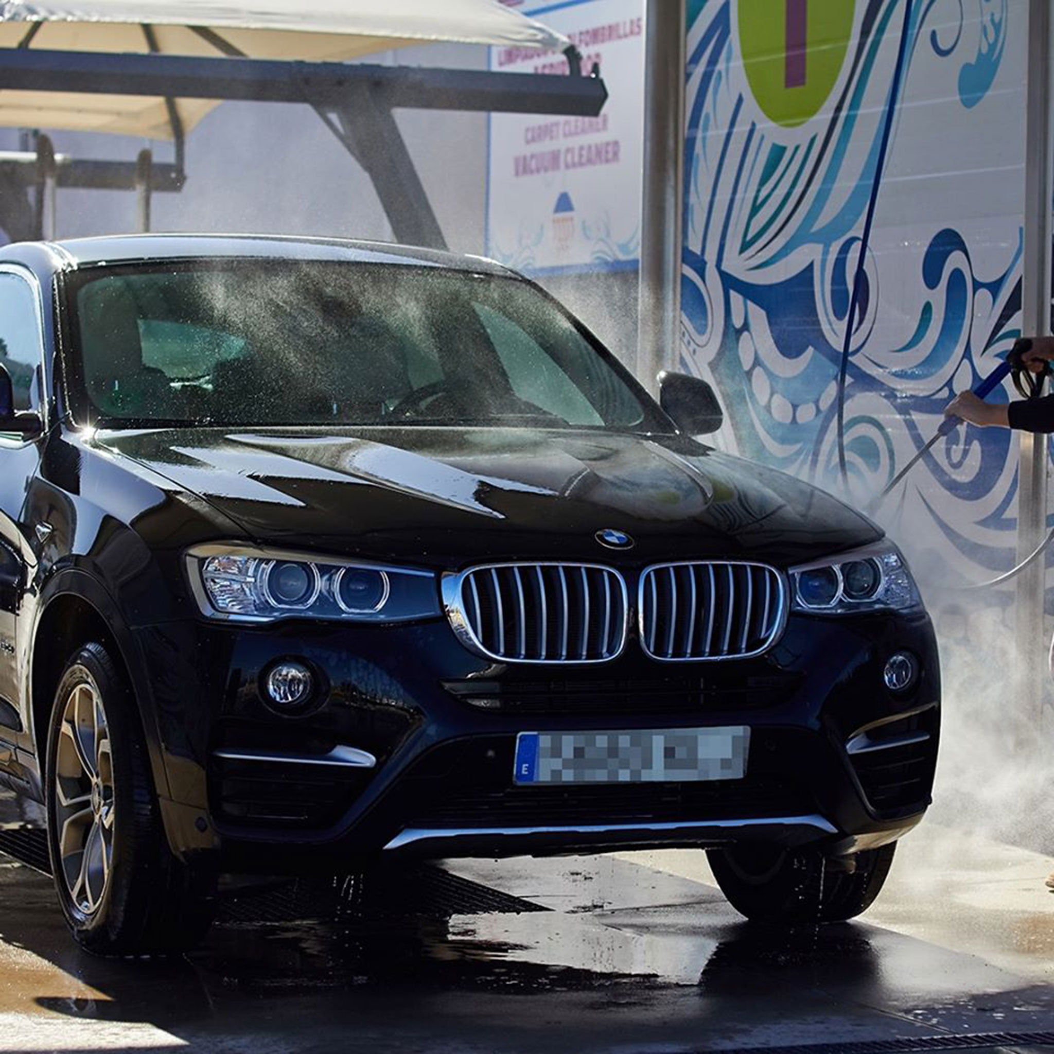 Car wash with various services - Teckmar Gas Stations
