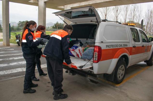 Image: Civil Protection delivers donations to the Denia Hospital