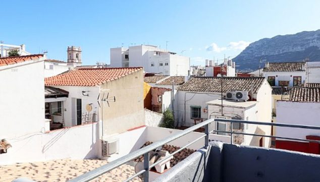 Image: Terrace of a town house for sale in Dénia - Euroholding