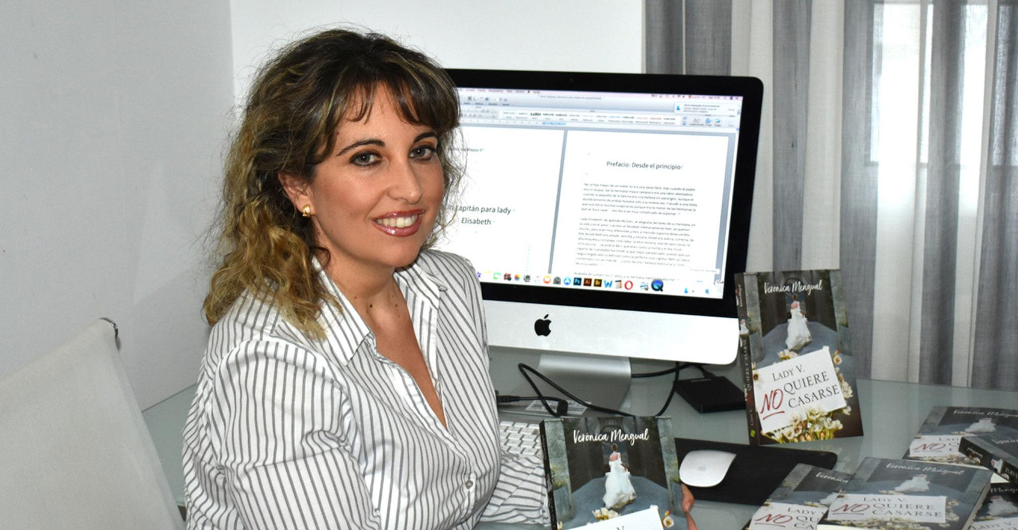 La escritora de Dénia Verónica Mengual