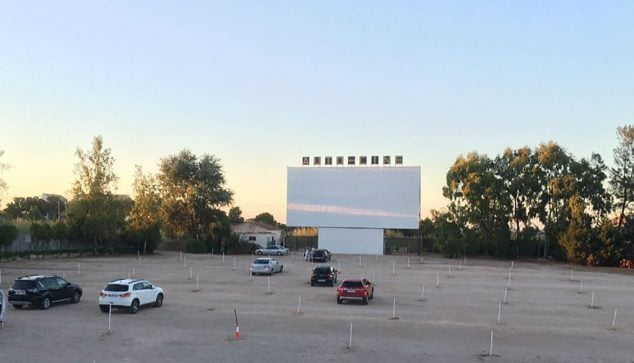 Image: Drive-In Drive In