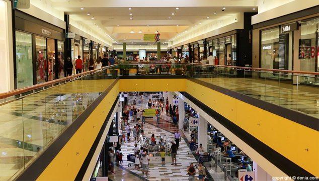 Image: Interior of the Portal de la Marina Shopping Center, in a file image