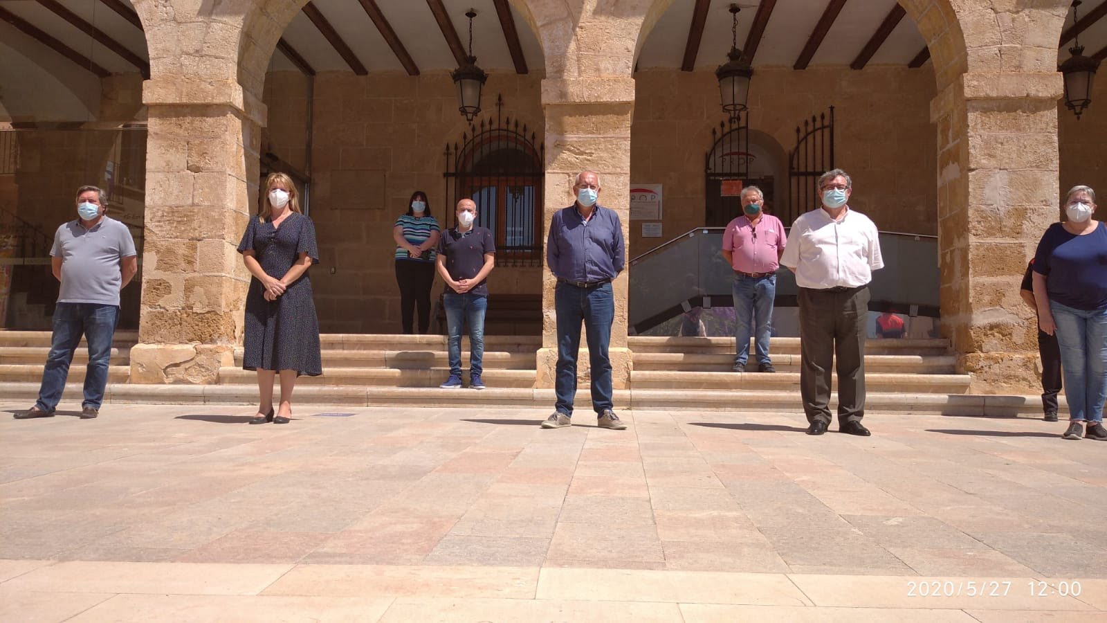 Minute of silence in front of the town hall
