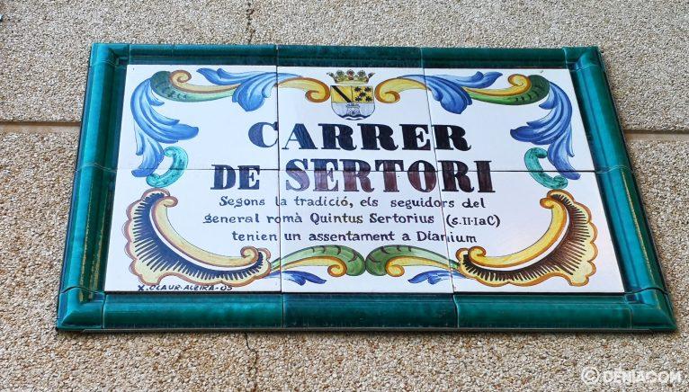 Placa de la calle Sertorio
