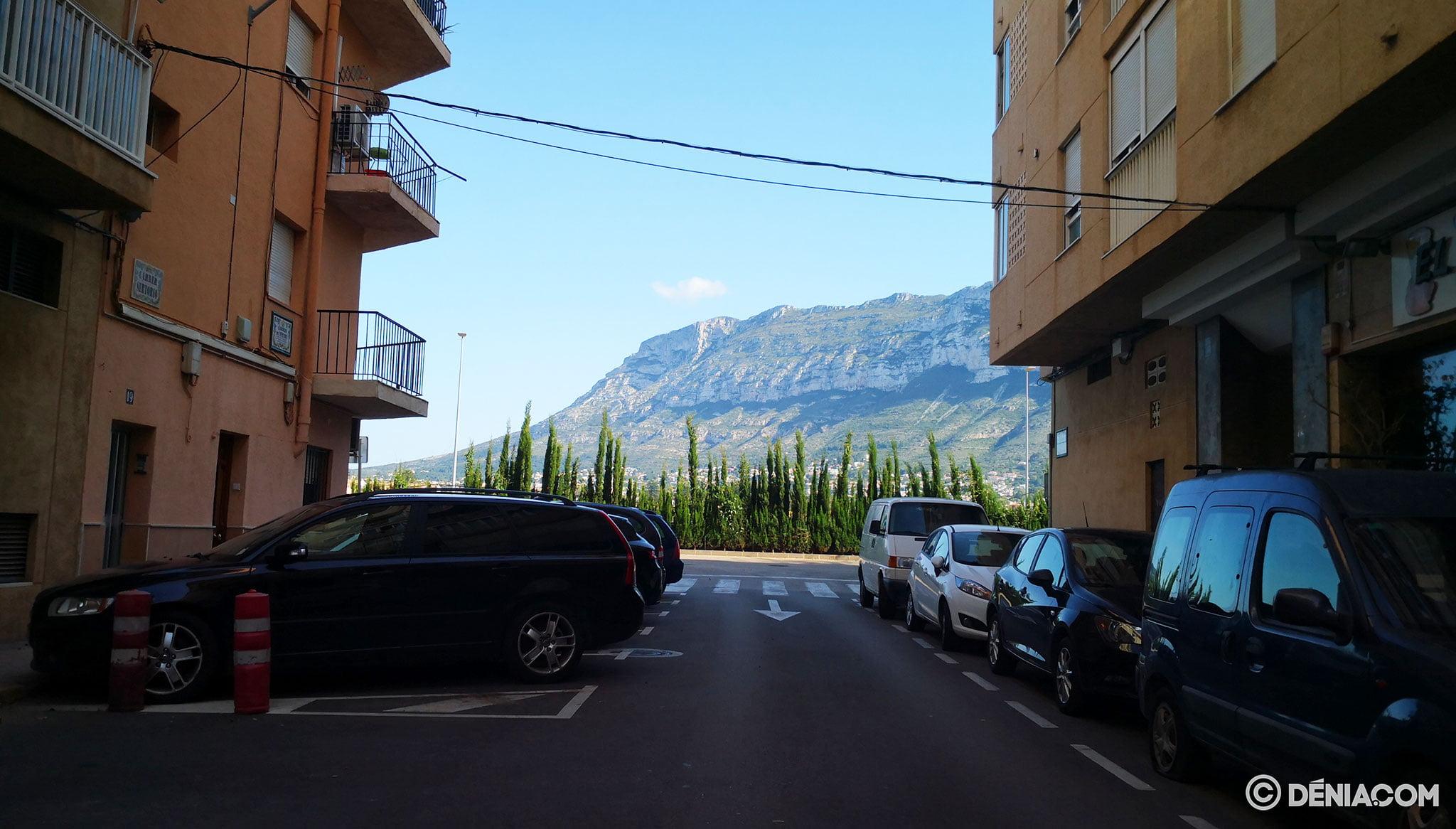 Sertorio street, united with Joan Fuster avenue