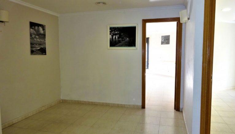 Recibidor de un piso en venta en Dénia - Casas Singulares