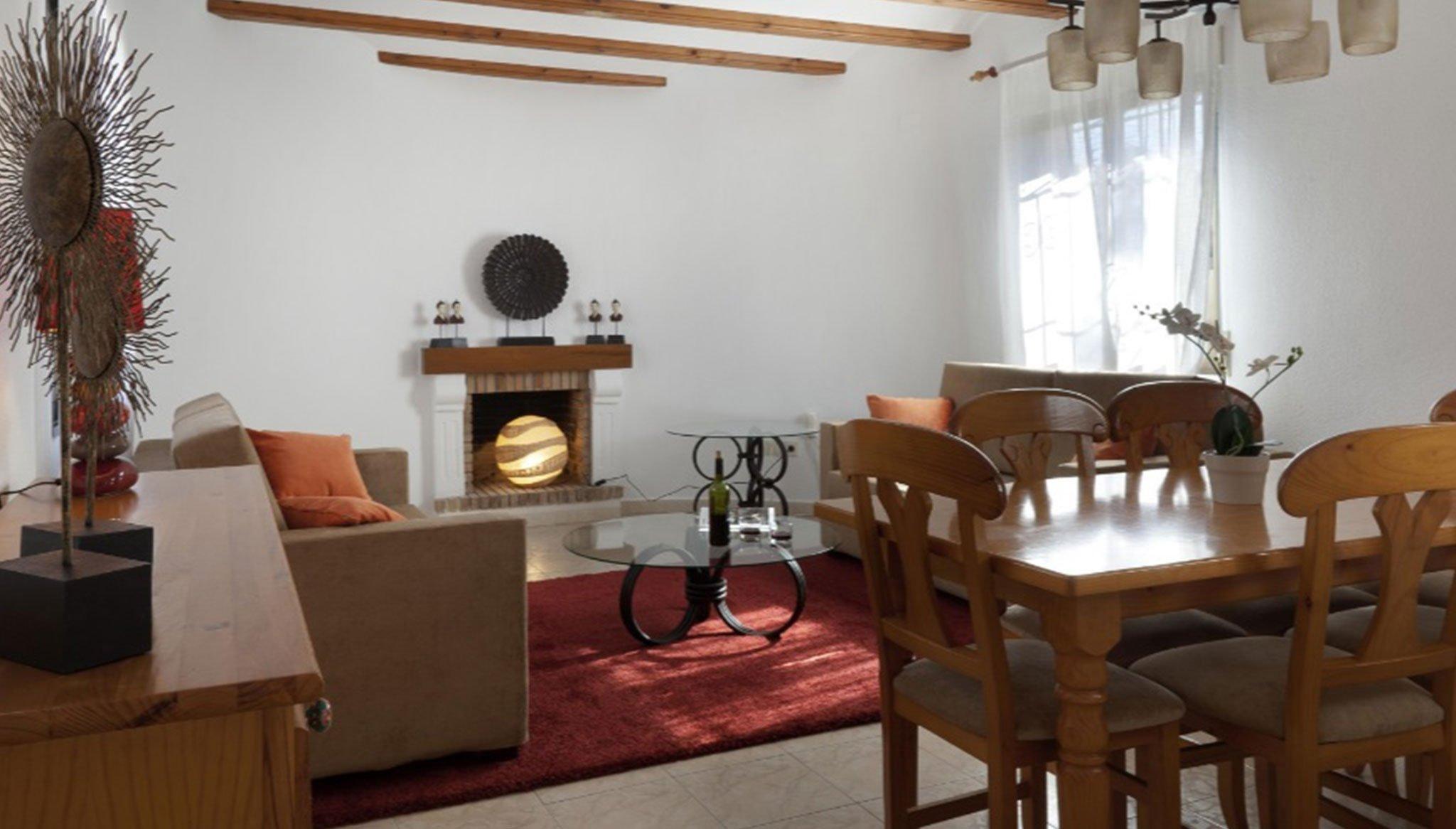 Salón de un chalet de alquiler para vacaciones cerca de Dénia – Deniasol