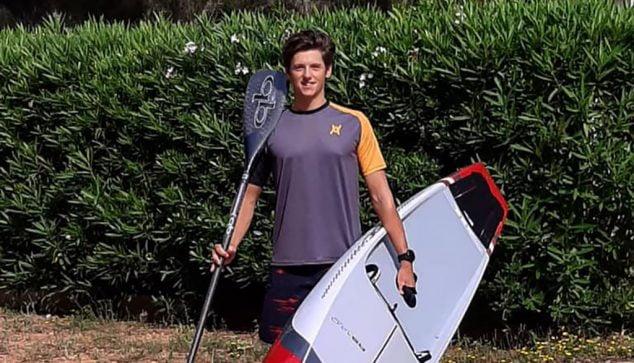 Image: En plus de la compétition, il a ouvert l'académie de Stand Up Paddle à Xàbia