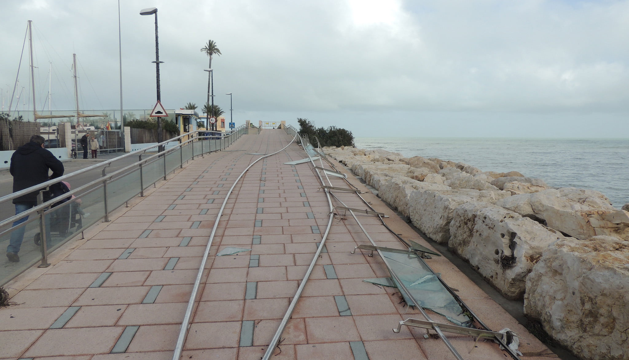 Railing of the Marina de Dénia promenade