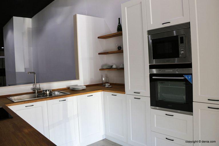Cocina con electrodomésticos - Cocina Fácil