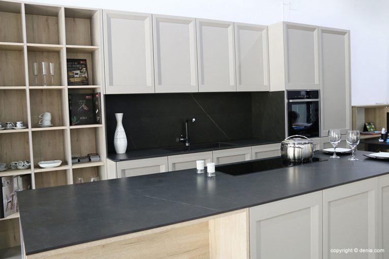 Lacquered kitchen - Easy Kitchen