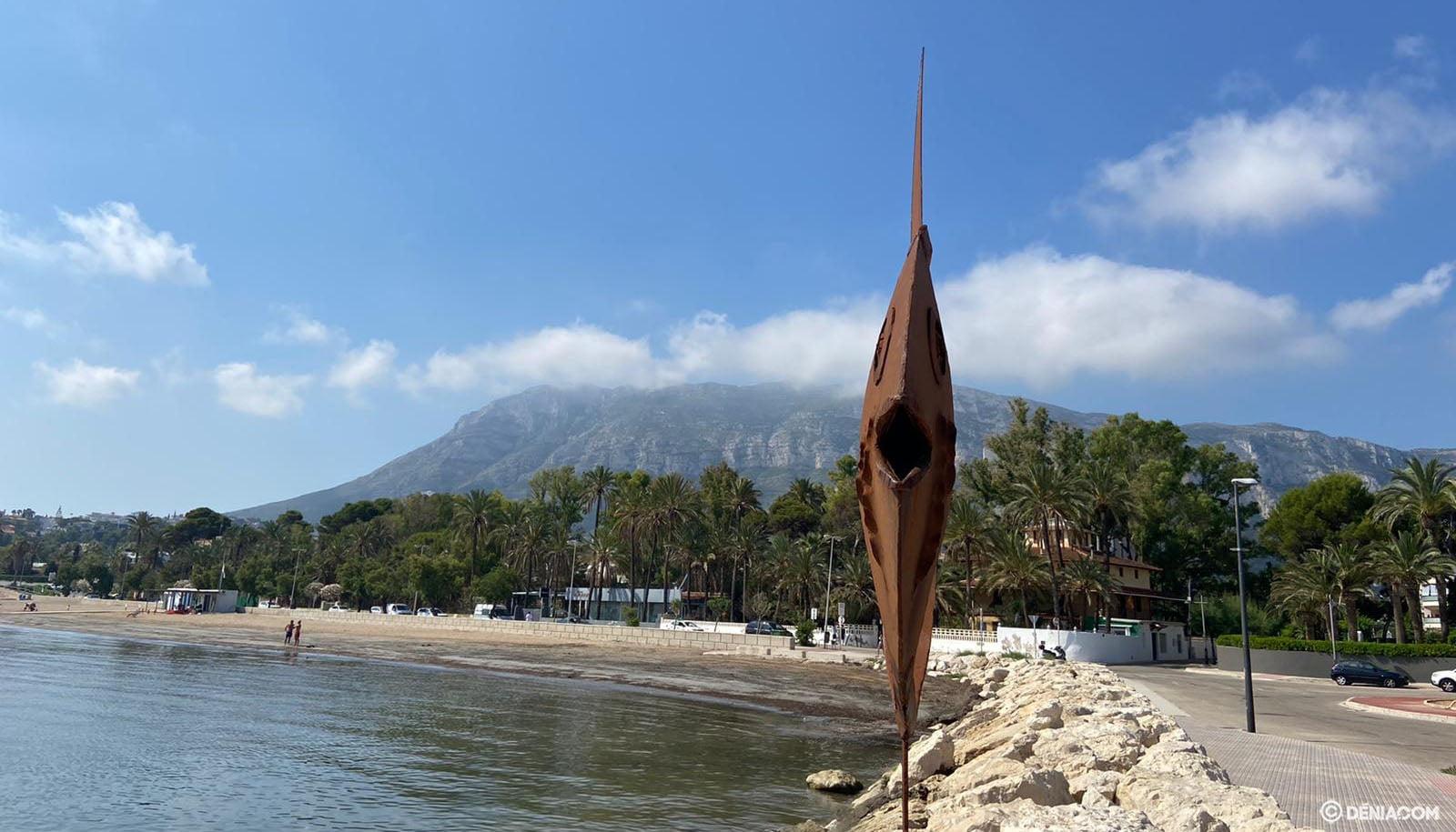 Escultura de Toni Marí en la Marineta