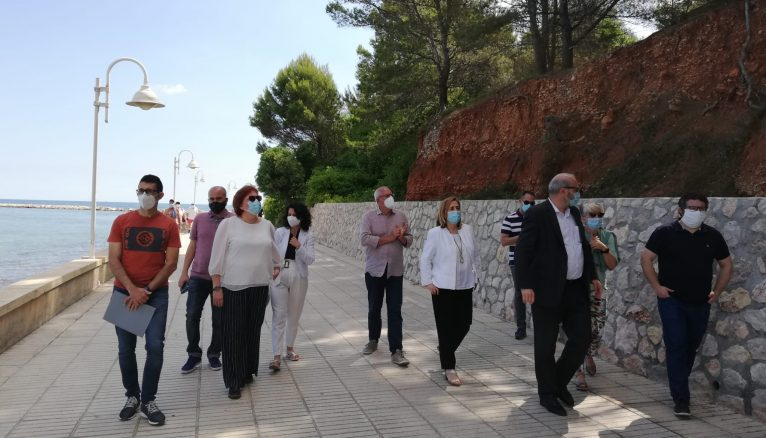 Members of the City Council with Calero and Poblador in the works of the Marineta