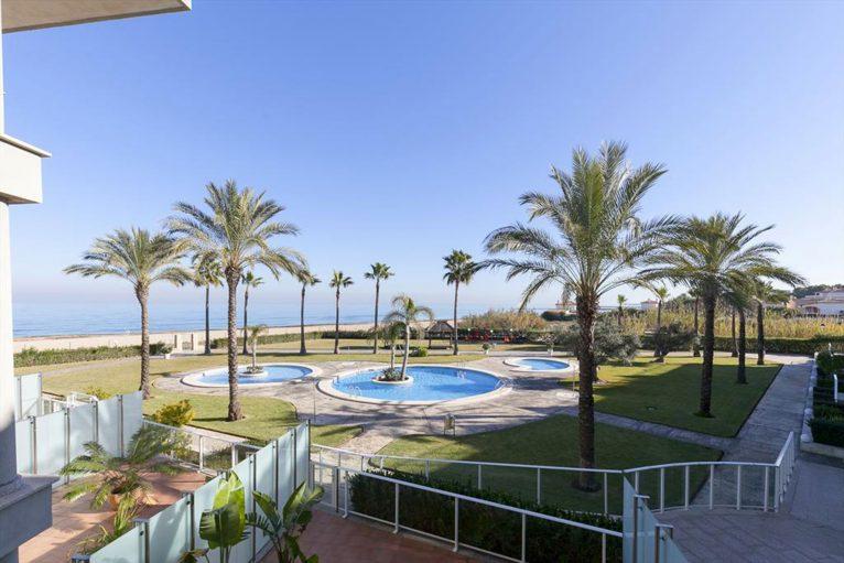 Pools of a rental apartment in Dénia - Quality Rent a Villa
