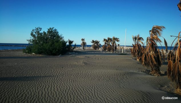 Image: Punta del Raset beach in Dénia