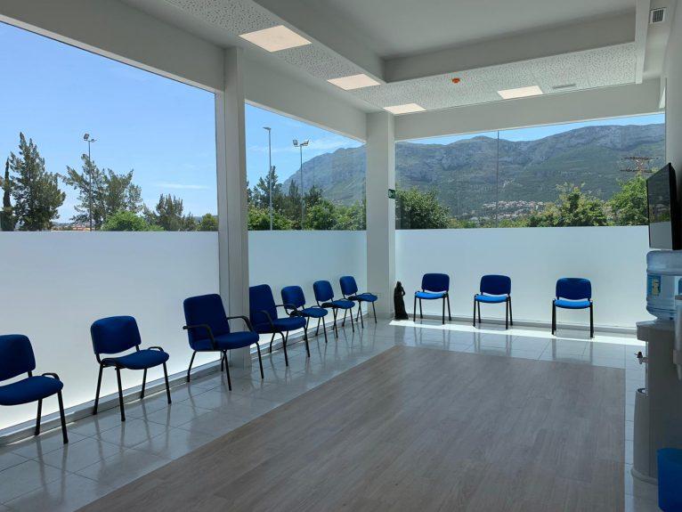 Glorieta Polyclinic waiting room