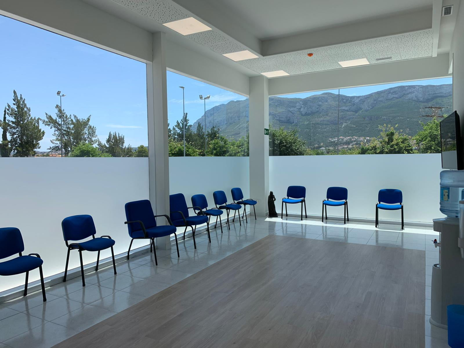 Glorieta Polyclinic waiting room