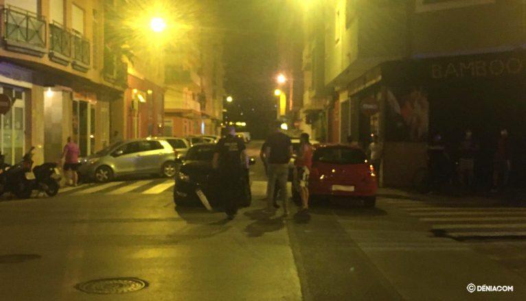 Vehículo aparcado a metros del lugar donde ha provocado el accidente
