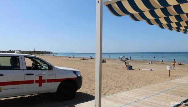 Imagen: Vehículo de emergencias de Cruz Roja en Raset