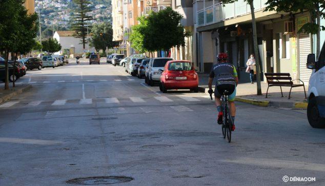 Imagen: Ciclista en la calle Diana