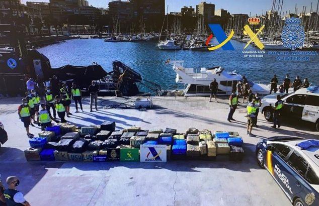Imagen: Droga incautada en en puerto de Calp