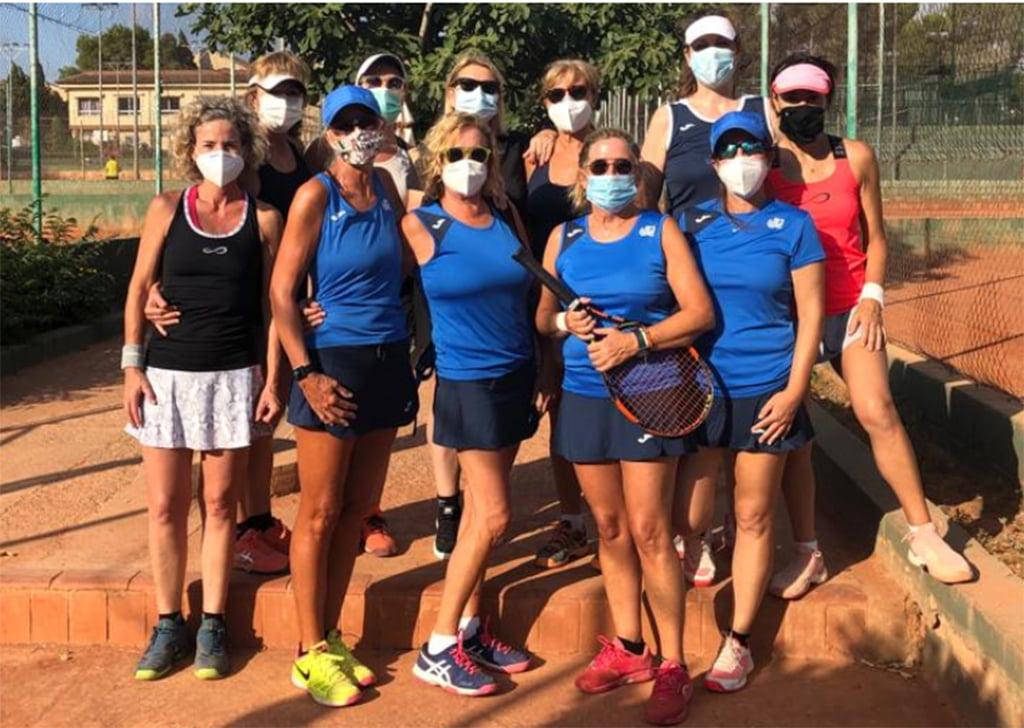 Equipo Veteranas +50 del Club Tenis Dénia