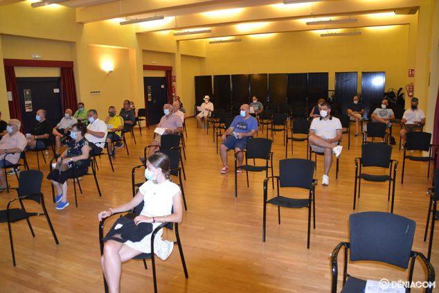 Imagen: Socios asistentes a la asamblea