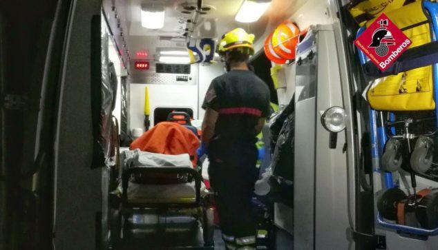 Imagen: Traslado al hospital de la herida