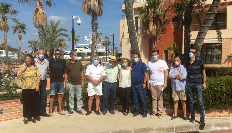 Artistas, organizadores y jurado de Esculturas frente al mar