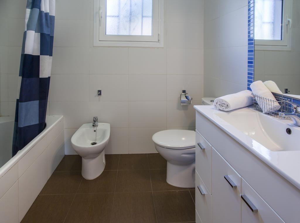 Baño casa Denia Aguilar Rent a Villa