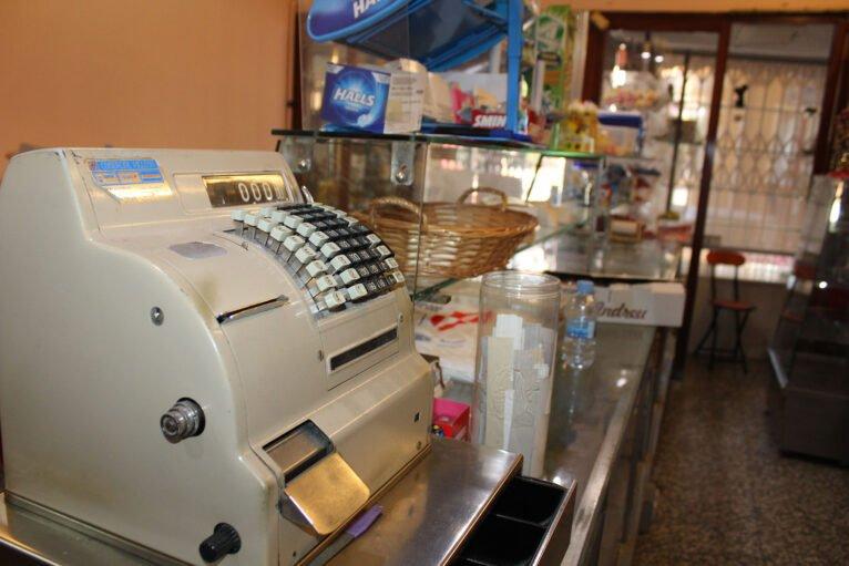 Caja registradora de la pastelería Agulló
