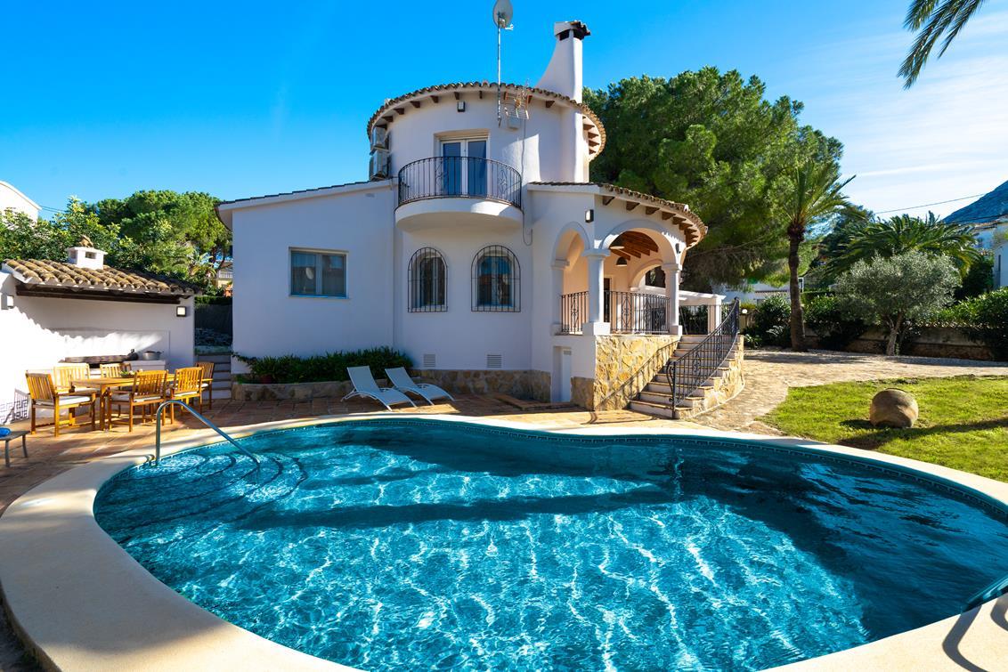Casa piscina Denia Aguilar Rent a Villa