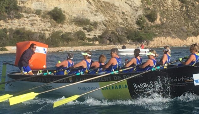Image: Équipe d'aviron de Marina de Dénia