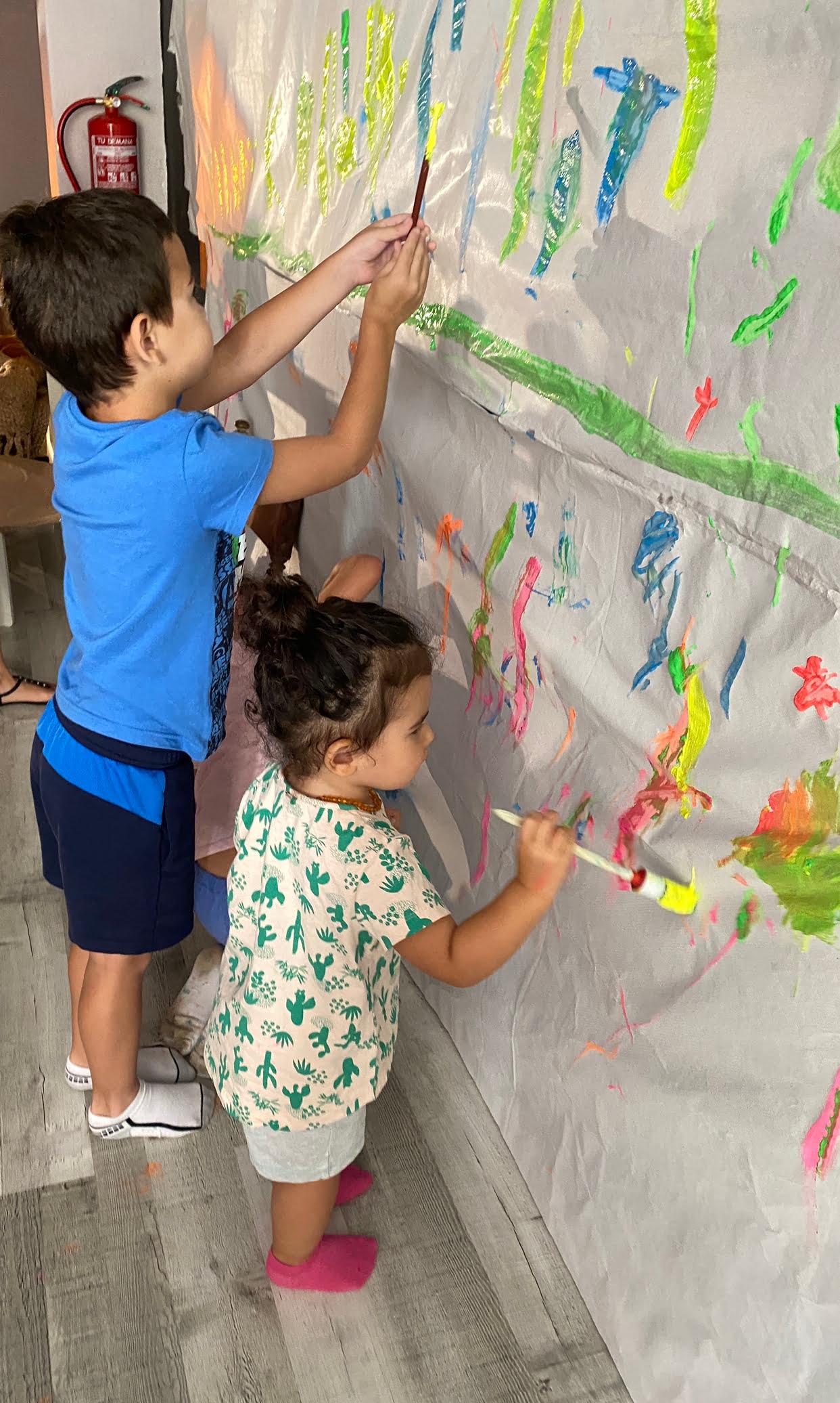 Fotos niños pintura Escolanova