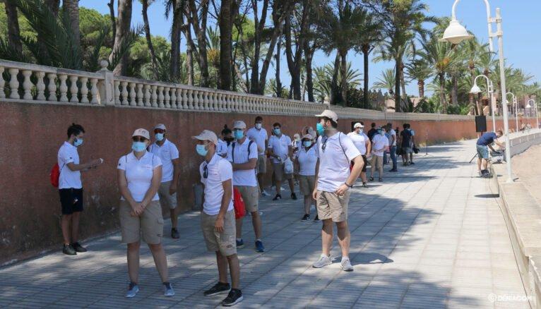 Informadores de la Generalitat en el paseo de la Marineta