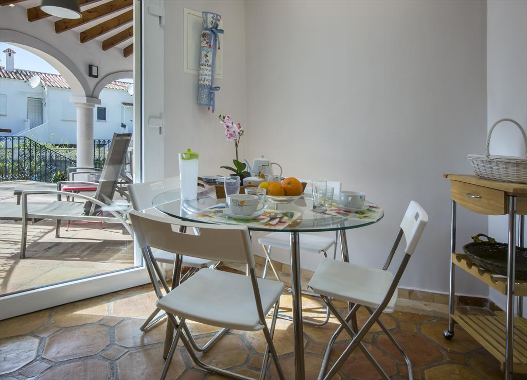 Terraza cubierta Denia Aguilar Rent a Villa