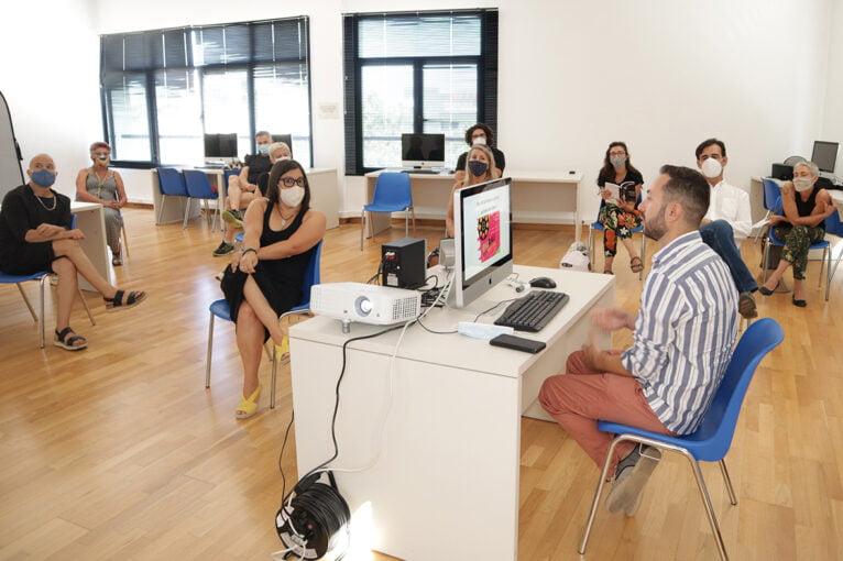 David López Ruiz y Teresa Colomina Molina durante su ponencia en los VII Encontres de Film de Dansa | José María Hortelano